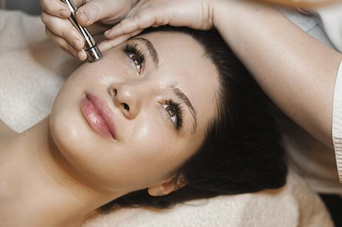 Facial aesthetics Clanfield and Waterlooville. Natural beauty treatments. Microdermabrasion.